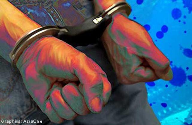 20130715.151743_crime_handcuff_1
